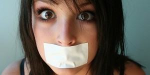 И даже не думаем, что прежде того, как избавиться от запаха изо рта, важно...  Несвежее дыхание (галитоз) знакомо...