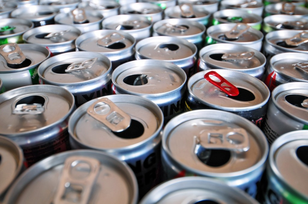 Энергетические напитки могут привести к фатальному нарушению сердечного ритма — и дело не в кофеине